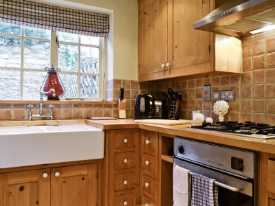 Barton Cottage Cheltenham Reviews And Information