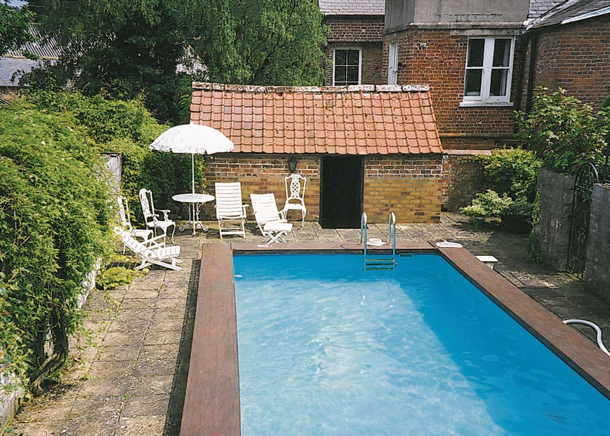 Tommies Cottage Driffield Reviews And Information
